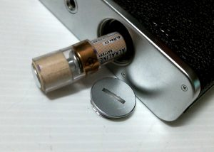 This is one style of battery adapter which allows a 6v 4LR44 or PX28 battery to be used in an Electro.