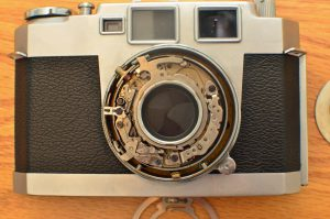 The Seiko shutter is a copy of the Compur-Rapid which is pretty easy to clean.