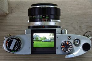 A view through the Miranda's top down viewfinder. Like with a TLR, the image is reversed, left is right, and right is left.