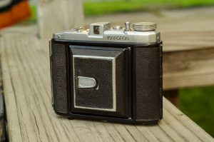 The Karoron is a handsome and compact folder that makes medium format photography extremely portable.