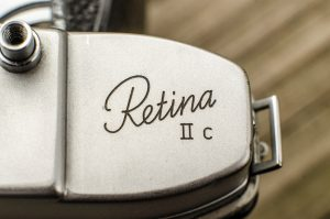 The Retina IIc logo is proudly displayed on the top plate.