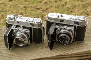 The Kodak IIa and IIc side by side look very similar at first, but after spending time with and using them, they are very different cameras.