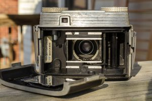 Loading film is easy with the removable back door. Notice the mirror finish on the film pressure plate.