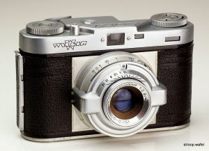 A Wirgin Edixa rangefinder which is completely unrelated to the Edixa SLR. Image credit Cees-Jan at http://www.cjs-classic-cameras.co.uk.