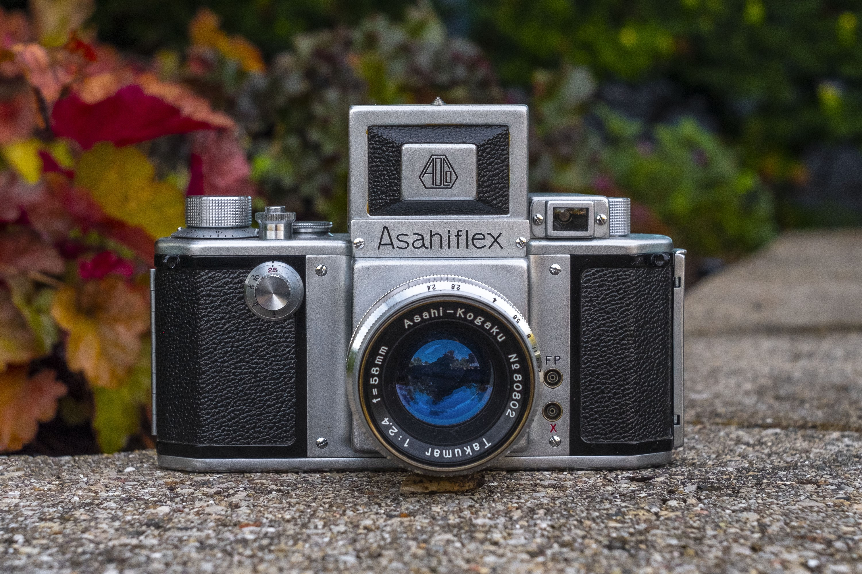 Asahi Optical Asahiflex IIa (1955)
